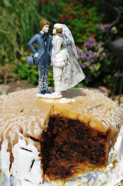 'Ever After Wedding Cake 12' - By Janice Thwaites